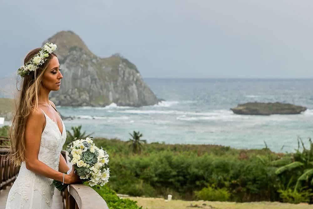 Camila-e-Lucca-Casamento-na-praia-Fernando-de-Noronha-Marcela-Montenegro-CaseMe-Revista-de-casamentoCB025384