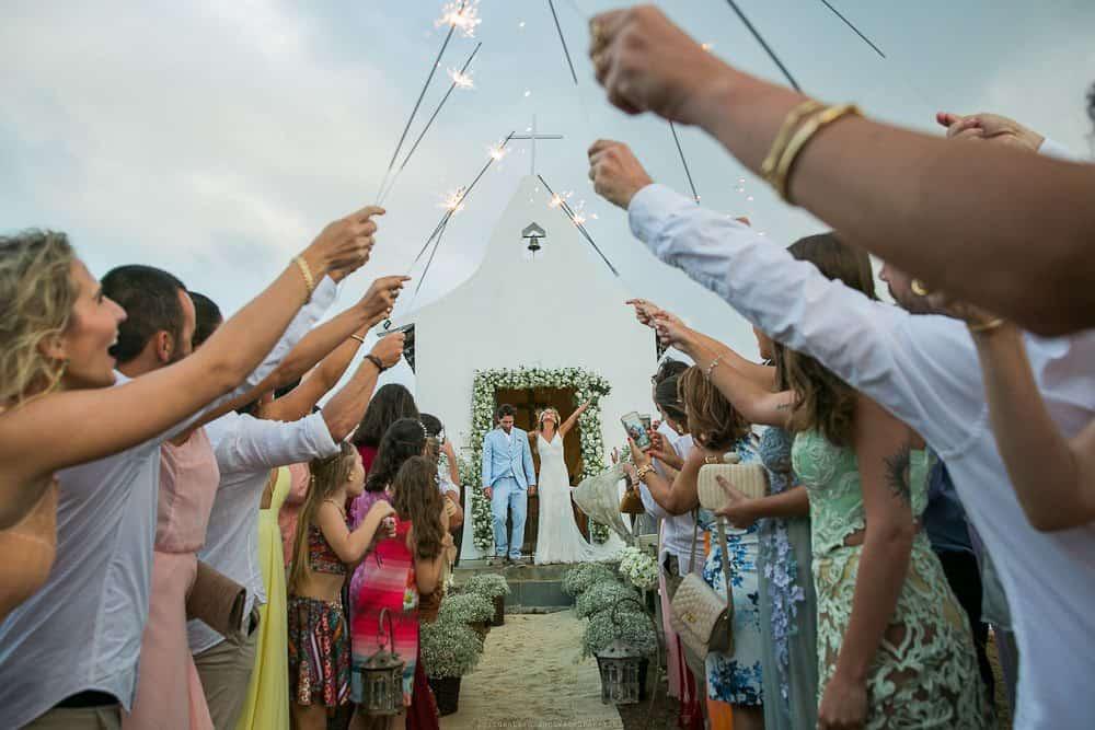 Camila-e-Lucca-Casamento-na-praia-Fernando-de-Noronha-Marcela-Montenegro-CaseMe-Revista-de-casamentoCB026001