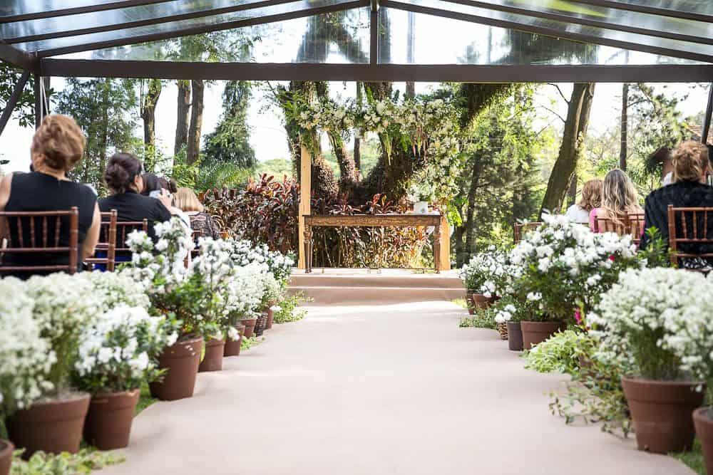 EstudioEuka048Casamento-de-dia-Cerimônia-Fazenda-Dona-Catarina-Fotografia-Euka-Weddings-Jah-Eventos-Marcela-e-Rodolfo-Tais-Puntel-CaseMe-Revista-de-casamento