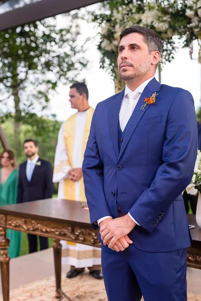 EstudioEuka082Casamento-de-dia-Fazenda-Dona-Catarina-Fotografia-Euka-Weddings-Jah-Eventos-Marcela-e-Rodolfo-Noivo-Tais-Puntel-CaseMe-Revista-de-casamento