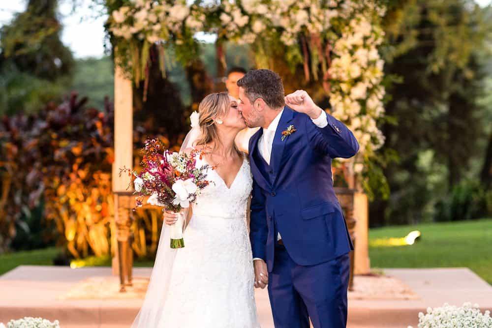 EstudioEuka176Casamento-de-dia-Cerimônia-Fazenda-Dona-Catarina-Fotografia-Euka-Weddings-Jah-Eventos-Marcela-e-Rodolfo-Tais-Puntel-CaseMe-Revista-de-casamento