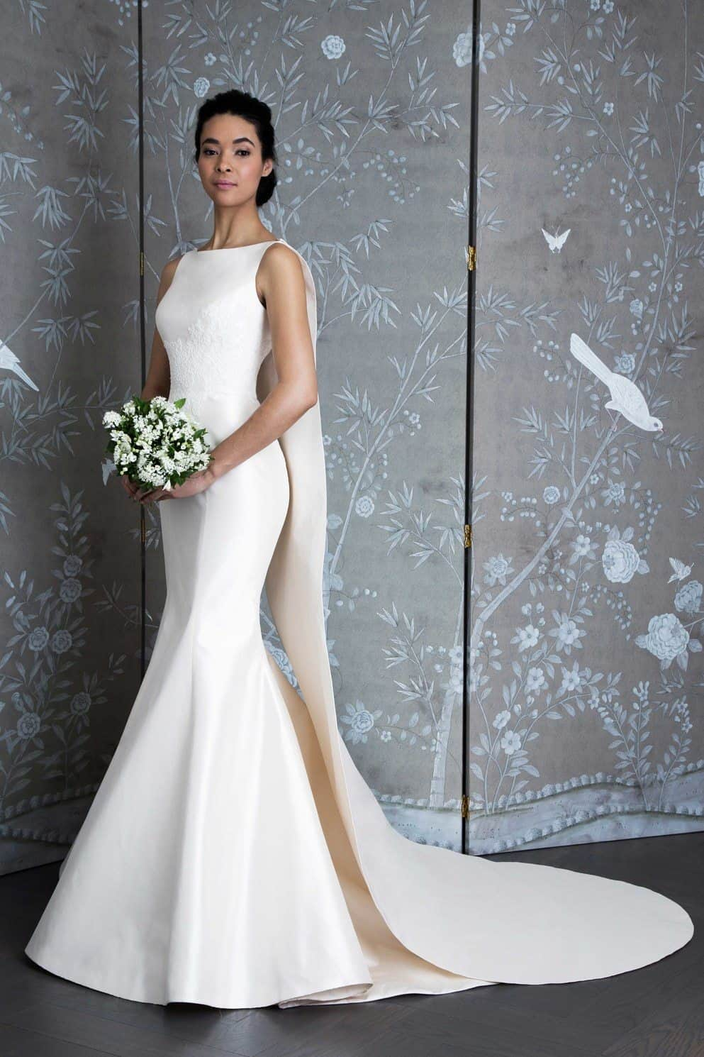 calda-longa-capa-legends-by-romona-keveza-wedding-dresses-spring-2019-001