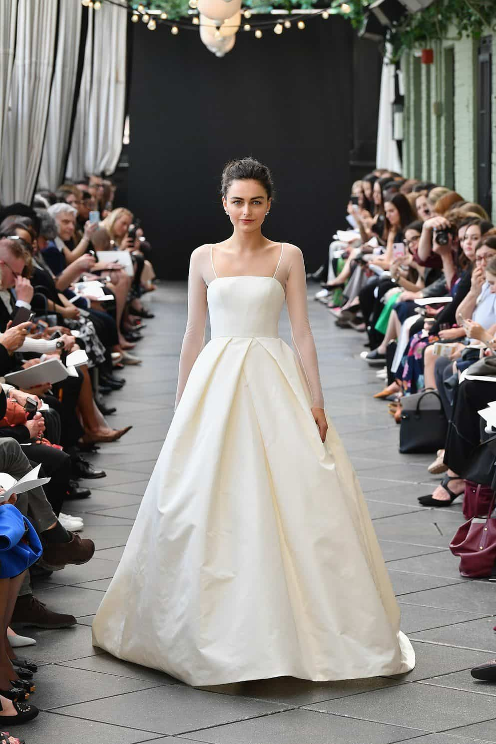 minimalismo-amsale-wedding-dresses-spring-2019-002-1