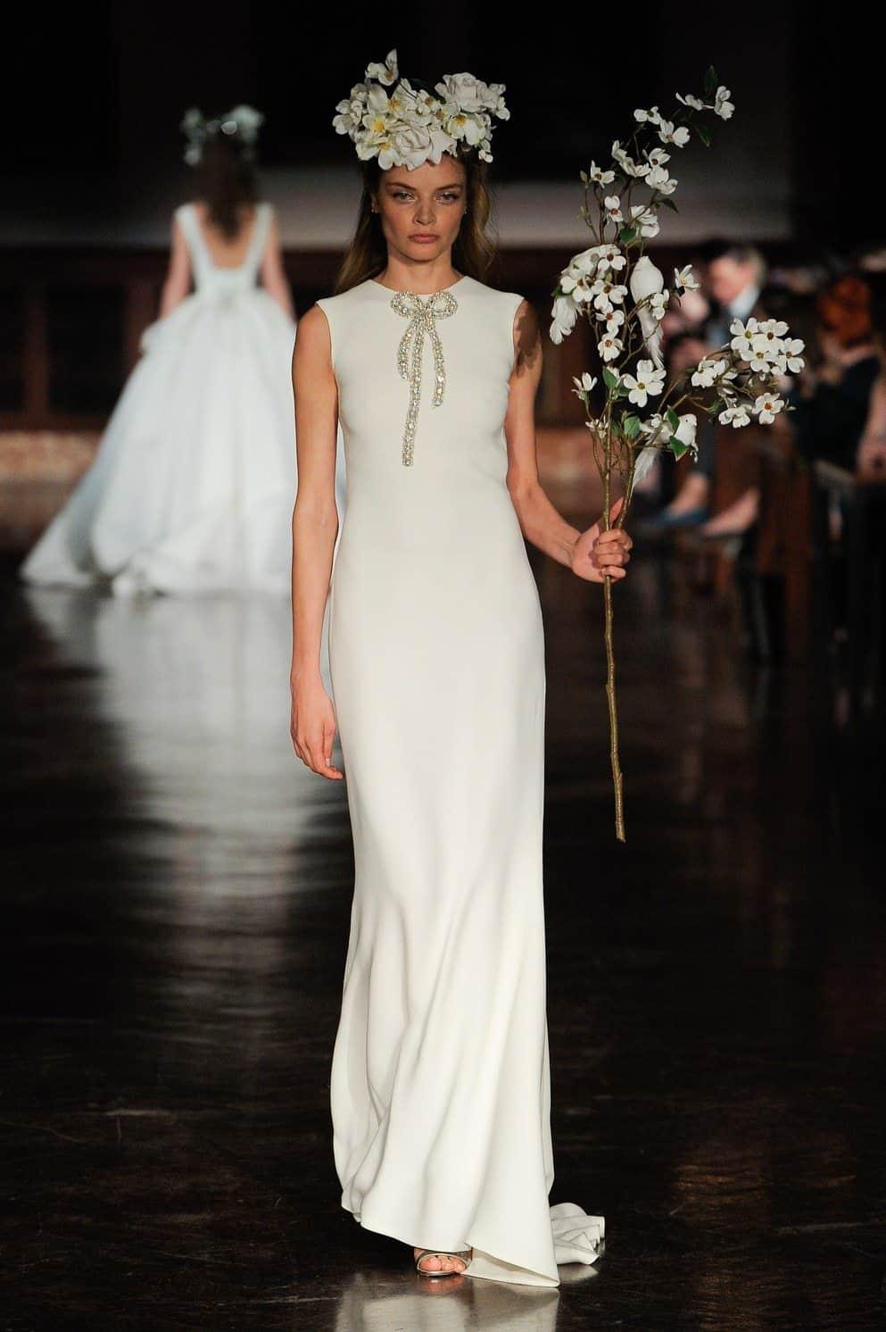 minimalismo-reem-acra-wedding-dresses-spring-2019-006-1