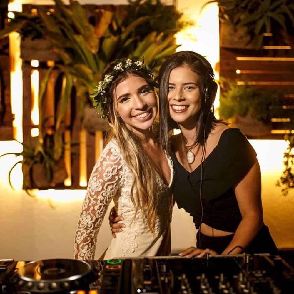 DJ-Francesca-casamento-na-praia-buzios