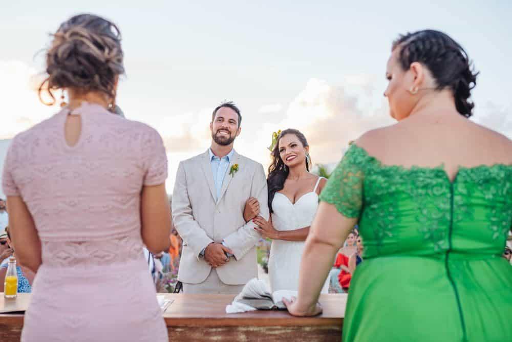 casamento-de-dia-casamento-na-Bahia-casamento-na-praia-cerimônia-Thais-e-Marcos-casamento-45