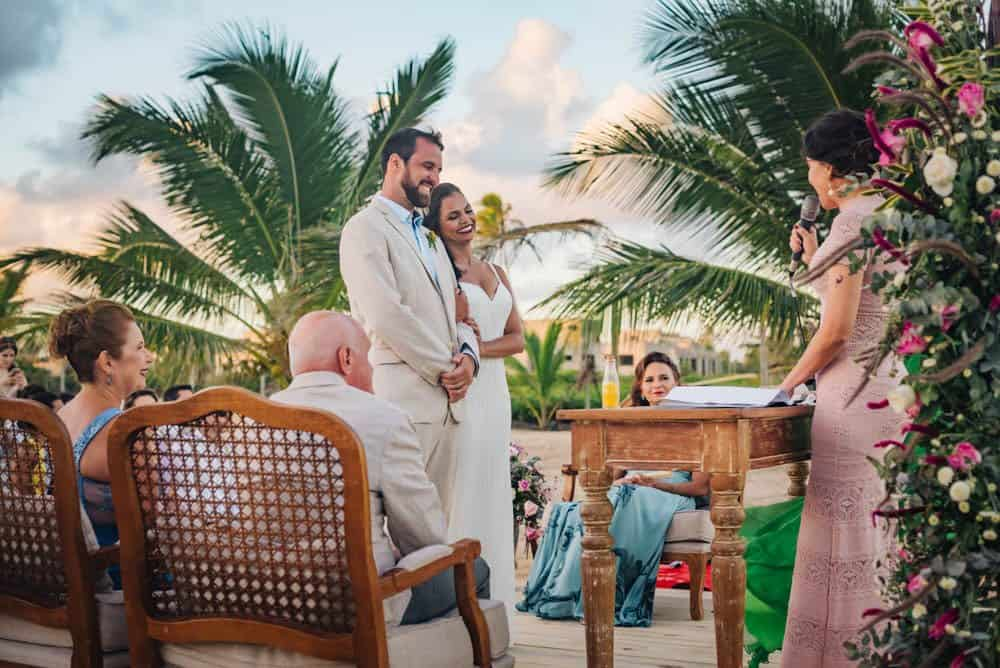 casamento-de-dia-casamento-na-Bahia-casamento-na-praia-cerimônia-Thais-e-Marcos-casamento-46