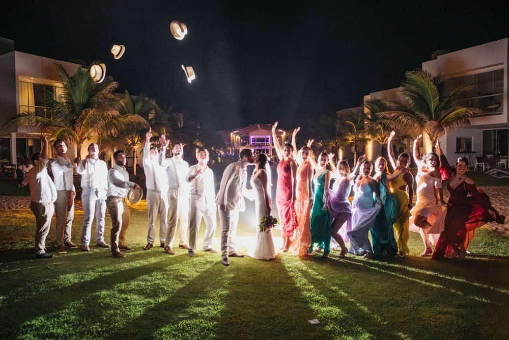 casamento-de-dia-casamento-na-Bahia-casamento-na-praia-madrinhas-padrinhos-Thais-e-Marcos-casamento-61