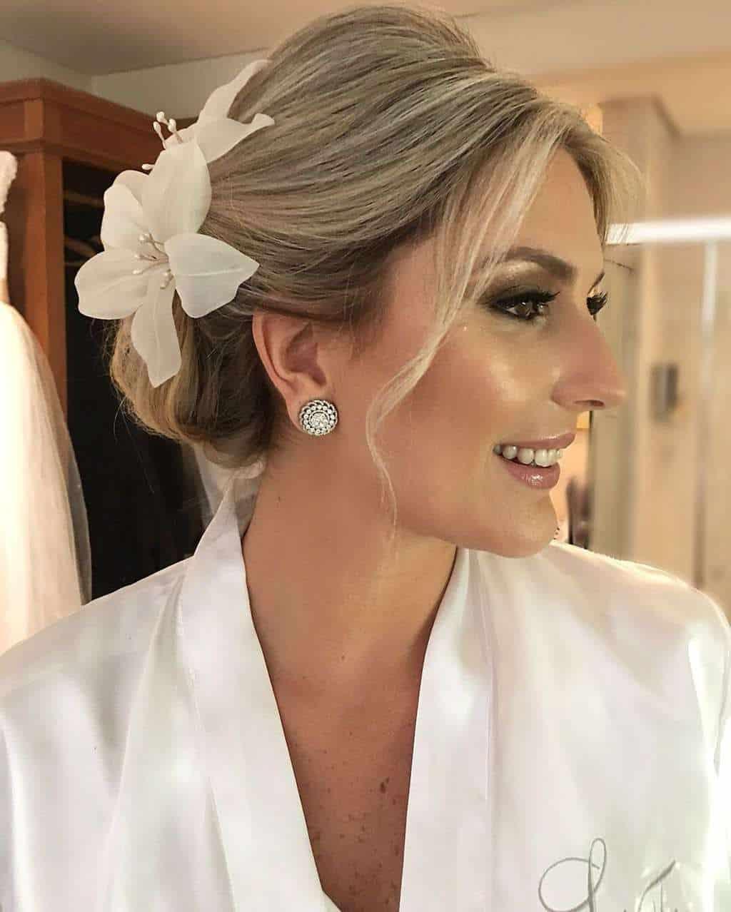 Andrea-Kapps-beleza-da-noiva-casamento-de-dia-casamento-na-serra-casamento-romântico-casamento-tradicional-Locanda-de-La-Mimosa-rosa-e-lilás-casamento-55