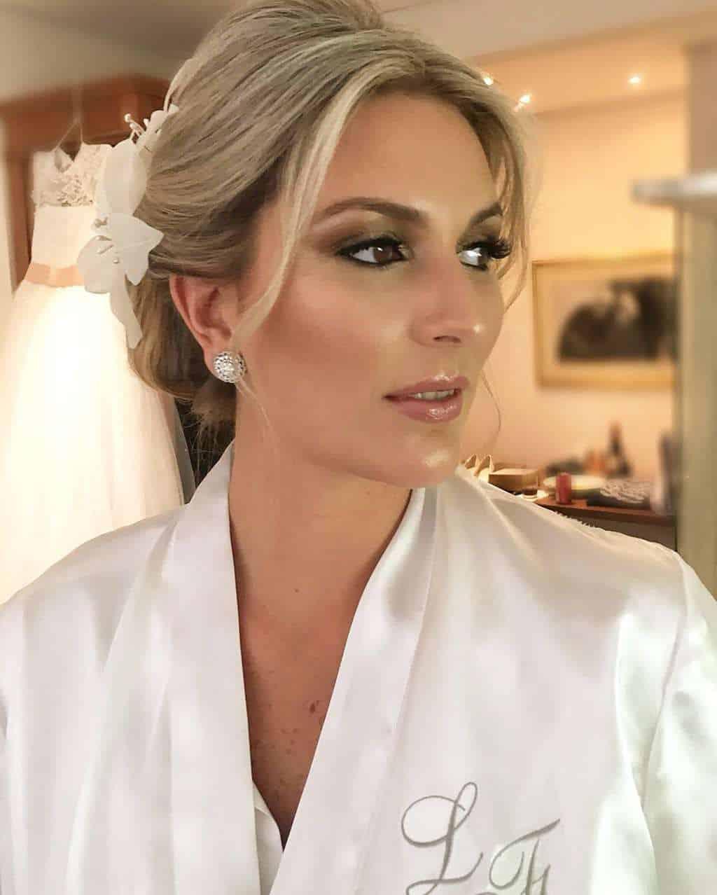 Andrea-Kapps-beleza-da-noiva-casamento-de-dia-casamento-na-serra-casamento-romântico-casamento-tradicional-Locanda-de-La-Mimosa-rosa-e-lilás-casamento-58