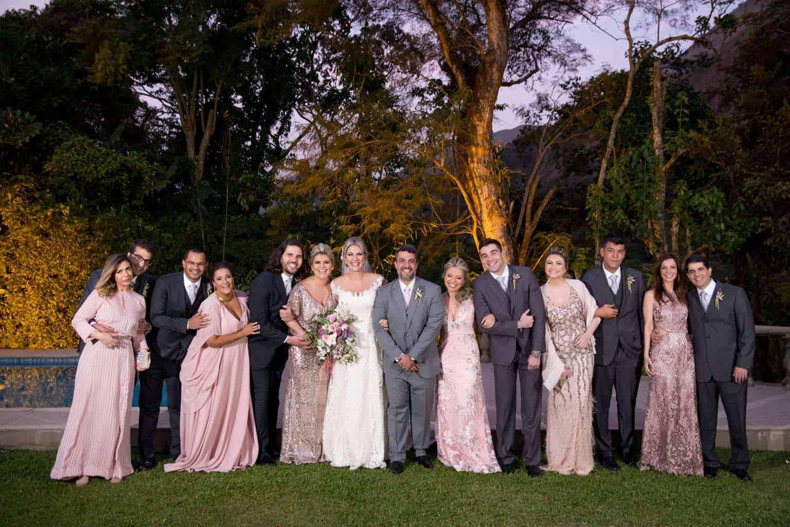 Andrea-Kapps-casamento-de-dia-casamento-na-serra-casamento-romântico-casamento-tradicional-Locanda-de-La-Mimosa-padrinhos-rosa-e-lilás-casamento-35-1
