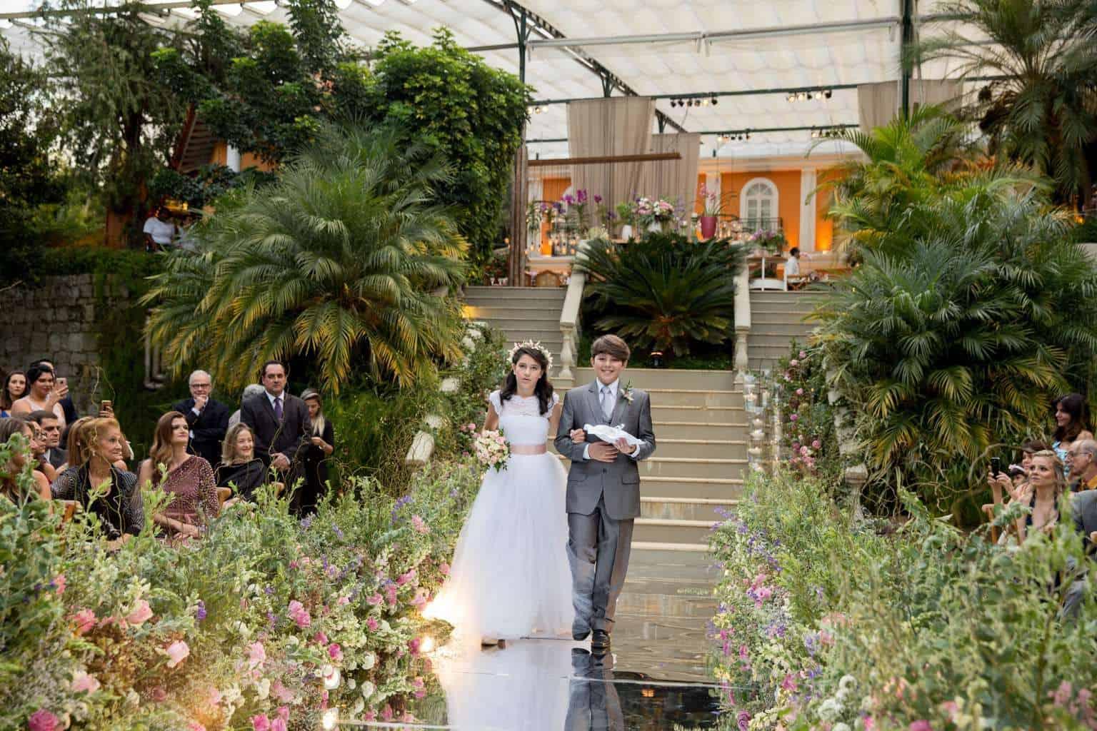 Andrea-Kapps-casamento-de-dia-casamento-na-serra-casamento-romântico-casamento-tradicional-Locanda-de-La-Mimosa-rosa-e-lilás-casamento-24