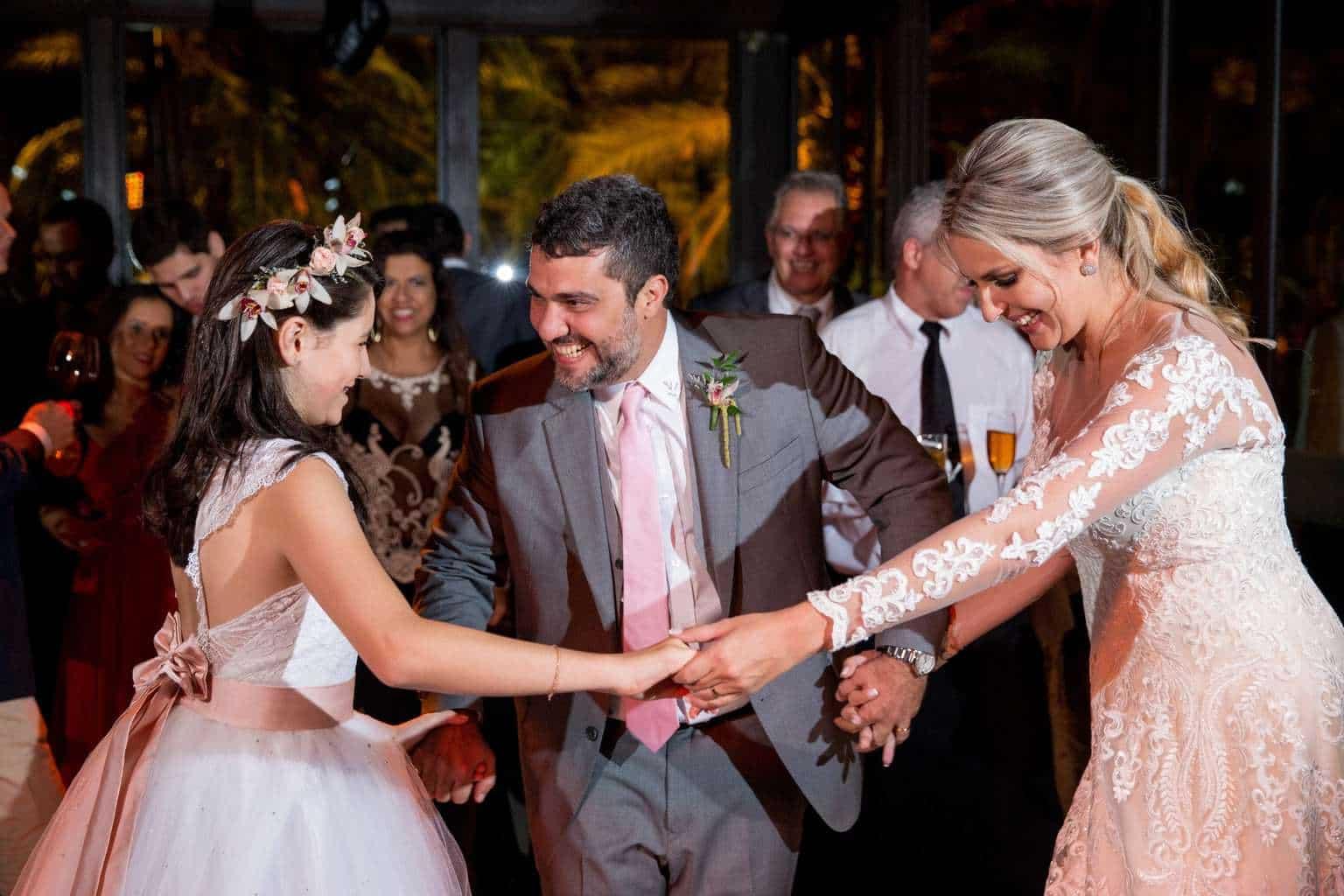 Andrea-Kapps-casamento-de-dia-casamento-na-serra-casamento-romântico-casamento-tradicional-festa-Locanda-de-La-Mimosa-rosa-e-lilás-casamento-46