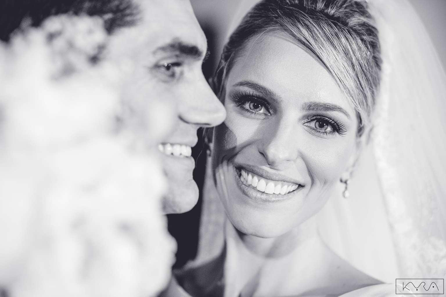 ana-carolina-e-bernardo-Anna-Carolina-Werneck-beleza-da-noiva-casamento-tradicional-cerimônia-Gavea-Golf-Club-Kyra-Mirsky-making-of-mini-wedding-noivos-verde-e-rosa-casamento-74