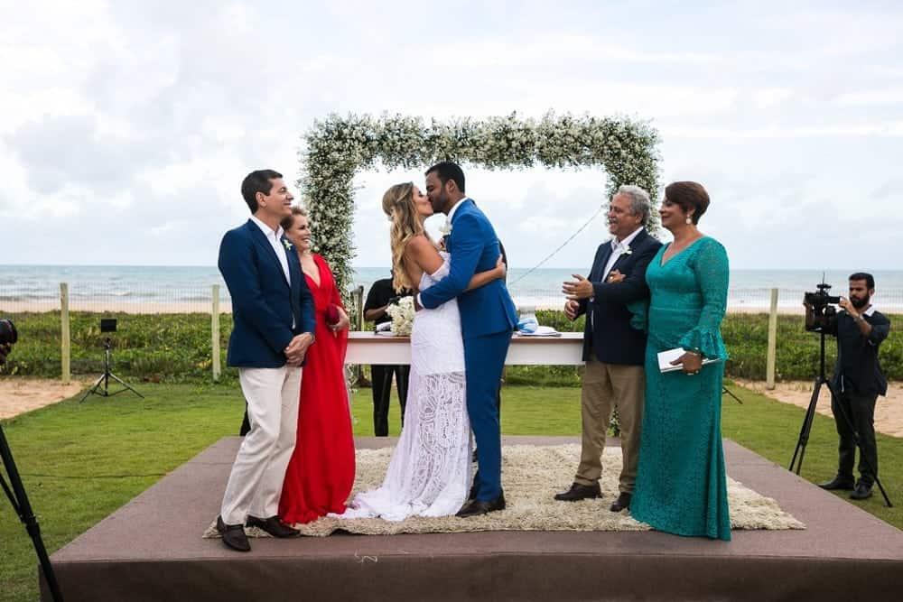 B-BLUE-BEACHOUSES-bahia-casamento-ao-ar-livre-casamento-julia-e-diogo-casamento-na-praia-cerimônia-fotografia-Bianca-Martinez-casamento-28