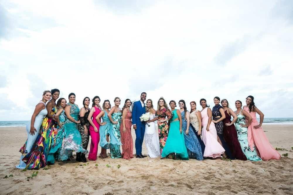 B-BLUE-BEACHOUSES-bahia-casamento-ao-ar-livre-casamento-julia-e-diogo-casamento-na-praia-fotografia-Bianca-Martinez-madrinhas-casamento-32