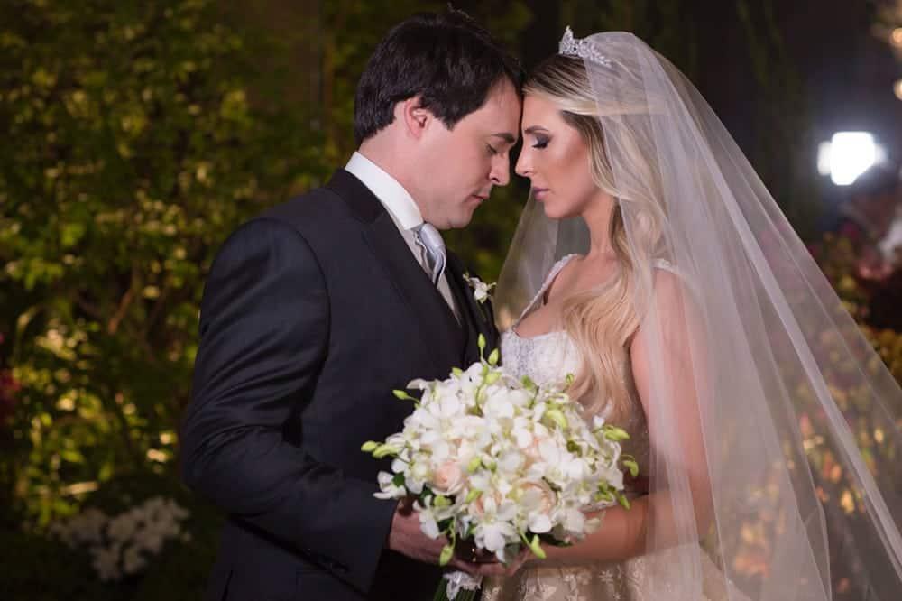 Casa-Lis-casamento-carolline-e-walmir-casamento-clássico-casamento-de-noite-casamento-tradicional-goiania-noivos-Prime-Foto-e-Cinema-casamento-2