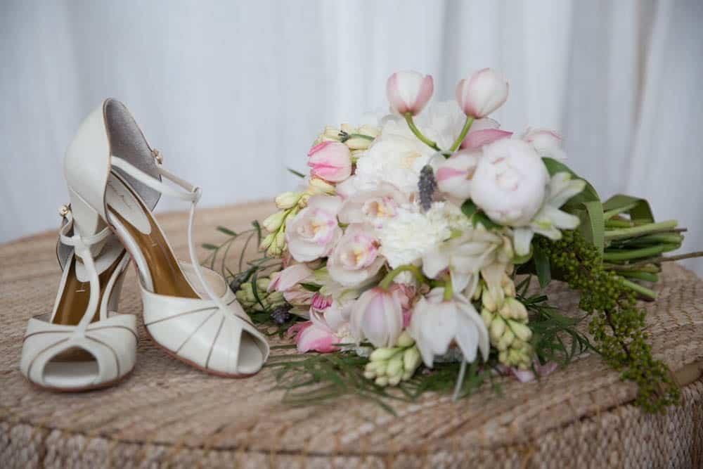 acessórios-casamento-clássico-casamento-fernanda-e-jim-fotografia-Georgeana-Godinho-Mosteiro-do-São-Bento-Rio-de-Janeiro-casamento-2