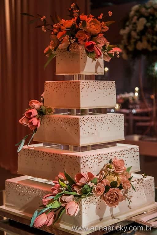 bolo-casamento-tradicional-dani-e-dante-anna-e-ricky-foto