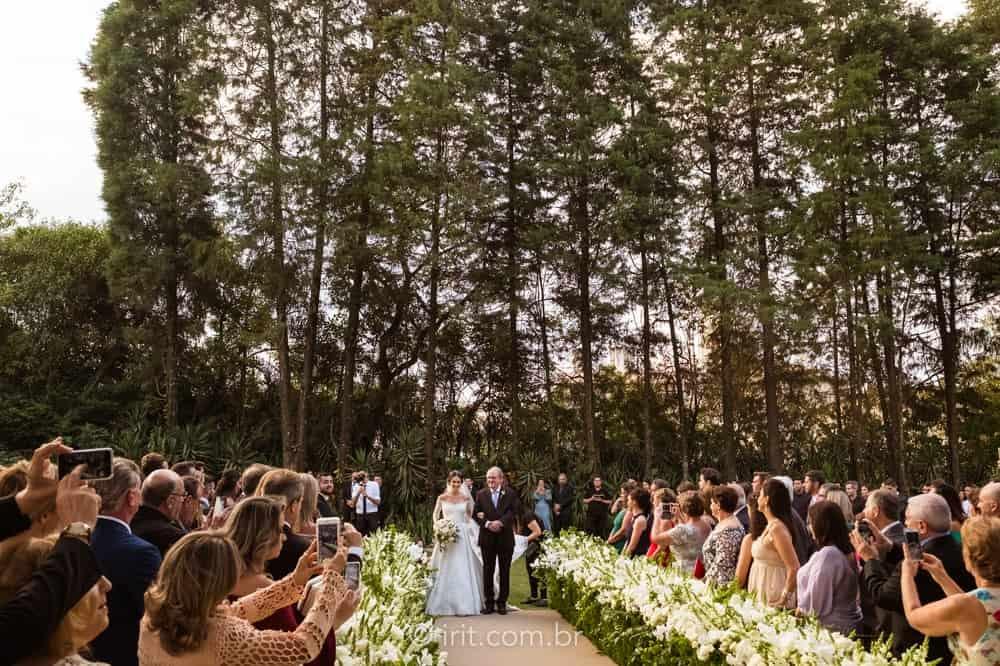 casamento-ao-ar-livre-casamento-clássico-casamento-ingrid-e-lucas-casamento-na-fazenda-cerimônia-fazenda-dona-catarina-irit-fotografias-São-Paulo-casamento-11