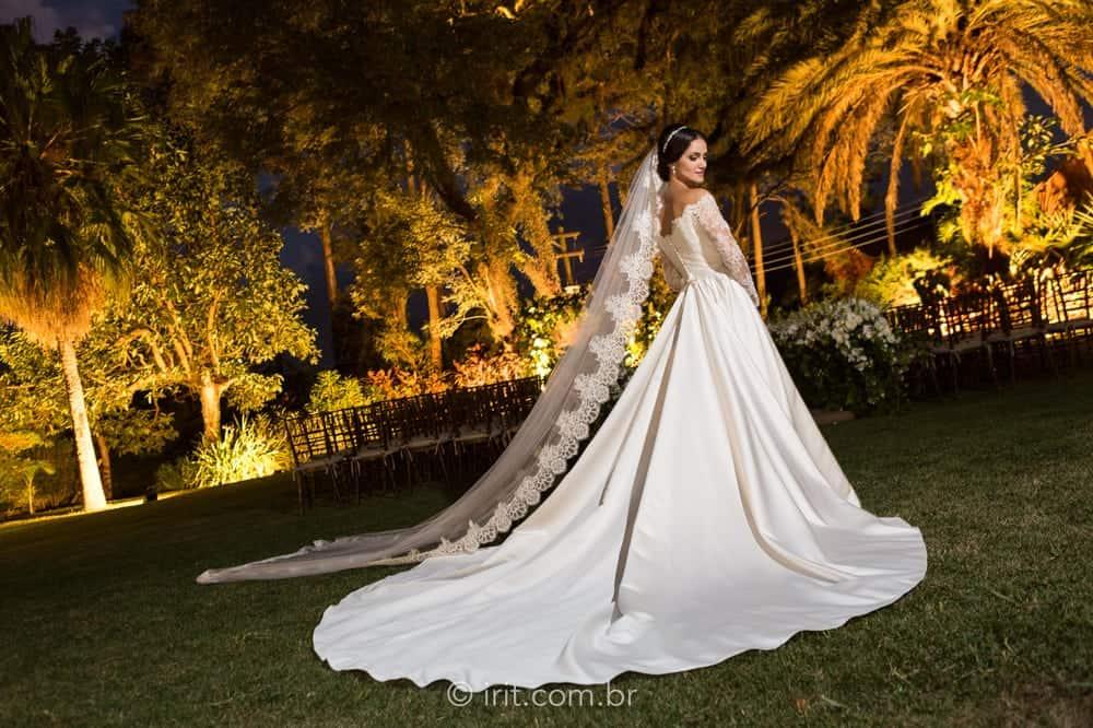 casamento-ao-ar-livre-casamento-clássico-casamento-ingrid-e-lucas-casamento-na-fazenda-fazenda-dona-catarina-irit-fotografias-São-Paulo-vestido-de-noiva-casamento-22