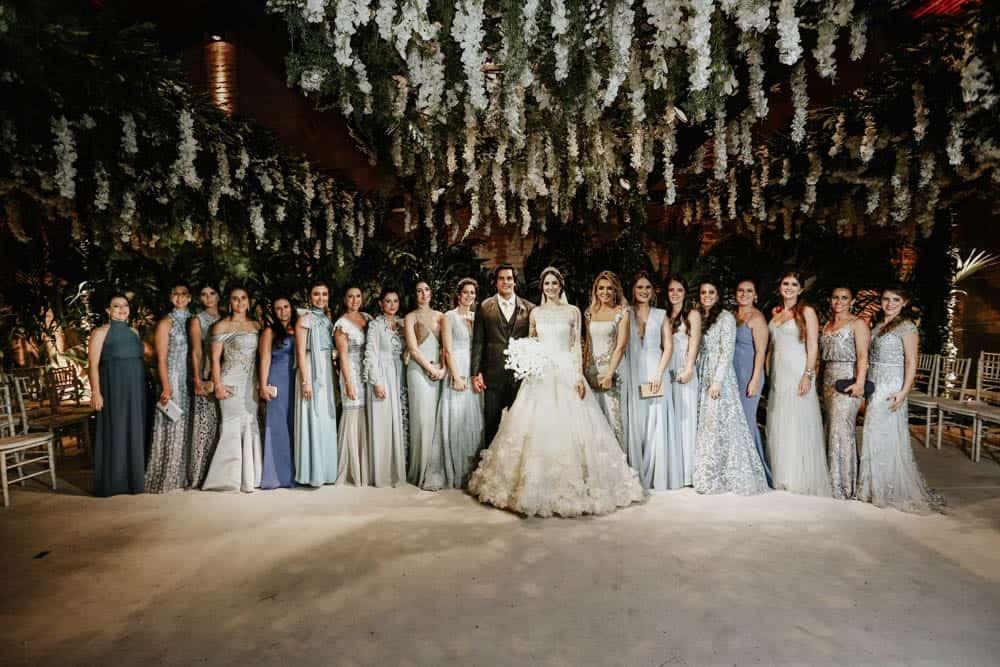 casamento-clássico-casamento-fernanda-e-jim-Espaço-Loy-fotografia-Georgeana-Godinho-anderson-Costa-fotografia-The-Dream-Studio-madrinhas-Ribeirão-Preto-casamento-64