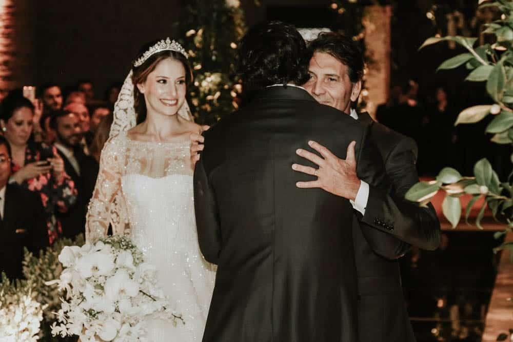 casamento-clássico-casamento-fernanda-e-jim-cerimônia-Espaço-Loy-fotografia-Georgeana-Godinho-anderson-Costa-fotografia-The-Dream-Studio-Ribeirão-Preto-casamento-48