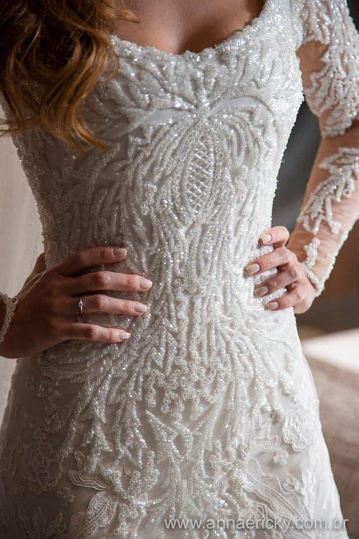 detalhe-vestido-de-noiva-dani-e-dante-casamento-tradicional-fotografia-anna-e-ricky