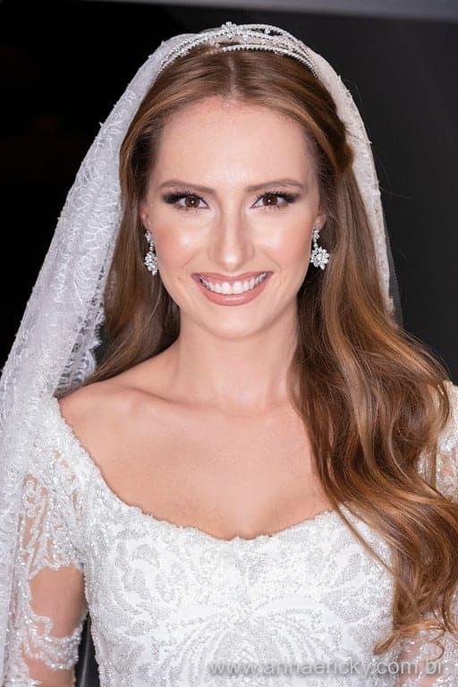perfil-noiva-casamento-tradicional-dani-e-dante-foto-anna-e-ricky