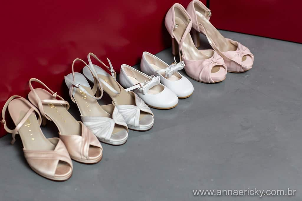 sapatos-making-of-casamento-tradicional-dani-e-dante-foto-anna-e-ricky