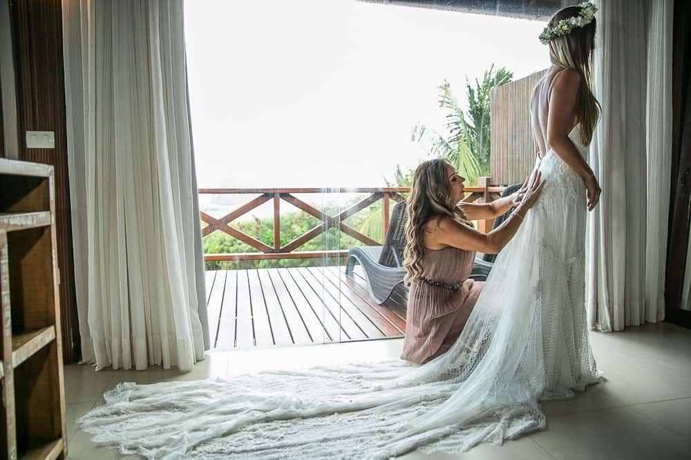Camila-e-Lucca-Casamento-na-praia-Fernando-de-Noronha-Making-of-Marcela-Montenegro-CaseMe-Revista-de-casamentoCB025258