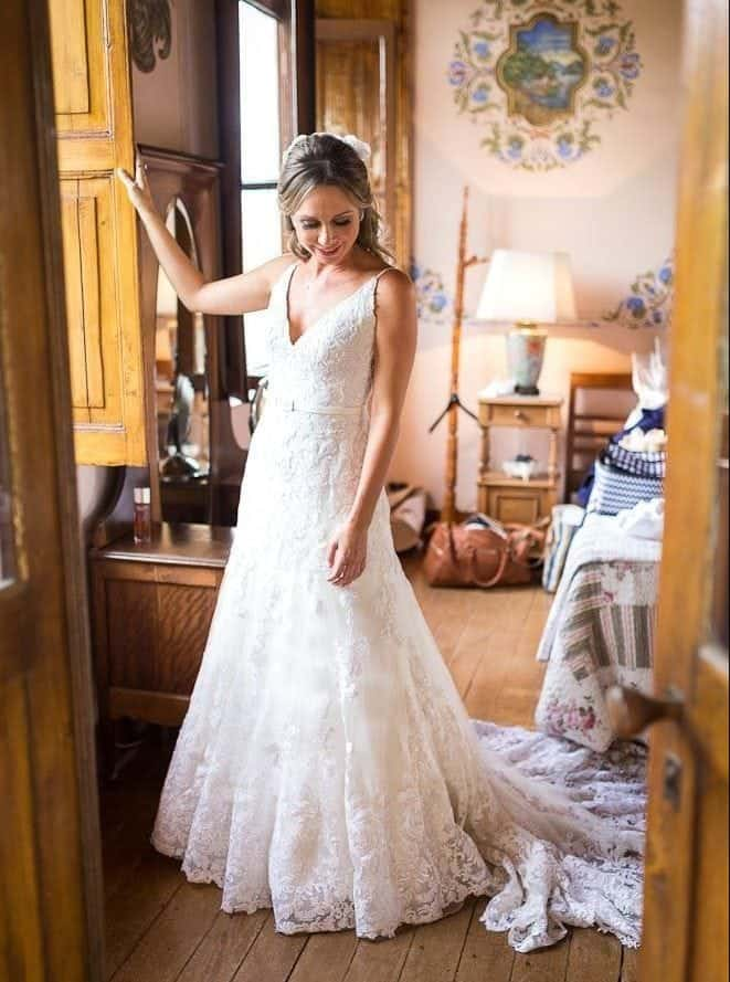 EstudioEuka063Casamento-de-dia-Fazenda-Dona-Catarina-Fotografia-Euka-Weddings-Jah-Eventos-Marcela-e-Rodolfo-Poses-noiva-Tais-Puntel-CaseMe-Revista-de-casamento-e1533773576950