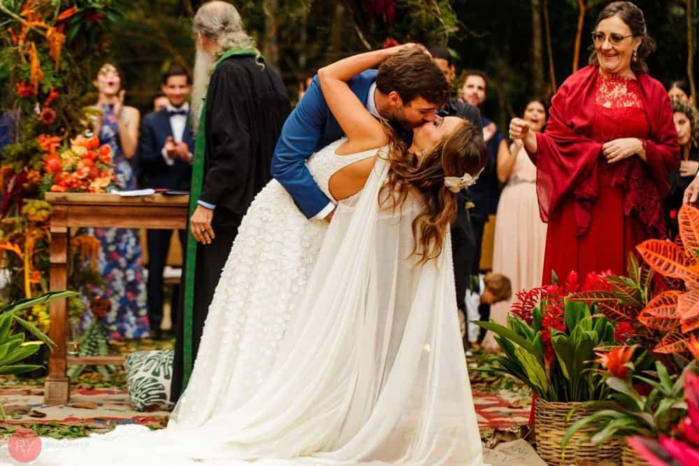 casamento-ao-ar-livre-casamento-boho-casamento-na-serra-cerimônia-DESTAQUE-destination-wedding-fotografia-Rodrigo-Ryfer-Rio-de-Janeiro-Tancamana-Vale-do-Cuiabá-casamento-25