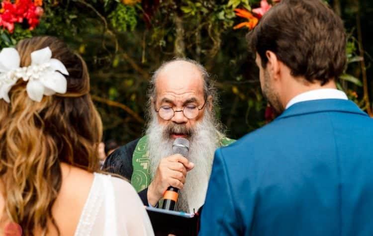 casamento-ao-ar-livre-casamento-boho-casamento-na-serra-cerimônia-destination-wedding-fotografia-Rodrigo-Ryfer-Rio-de-Janeiro-Tancamana-Vale-do-Cuiabá-casamento-19-750x475