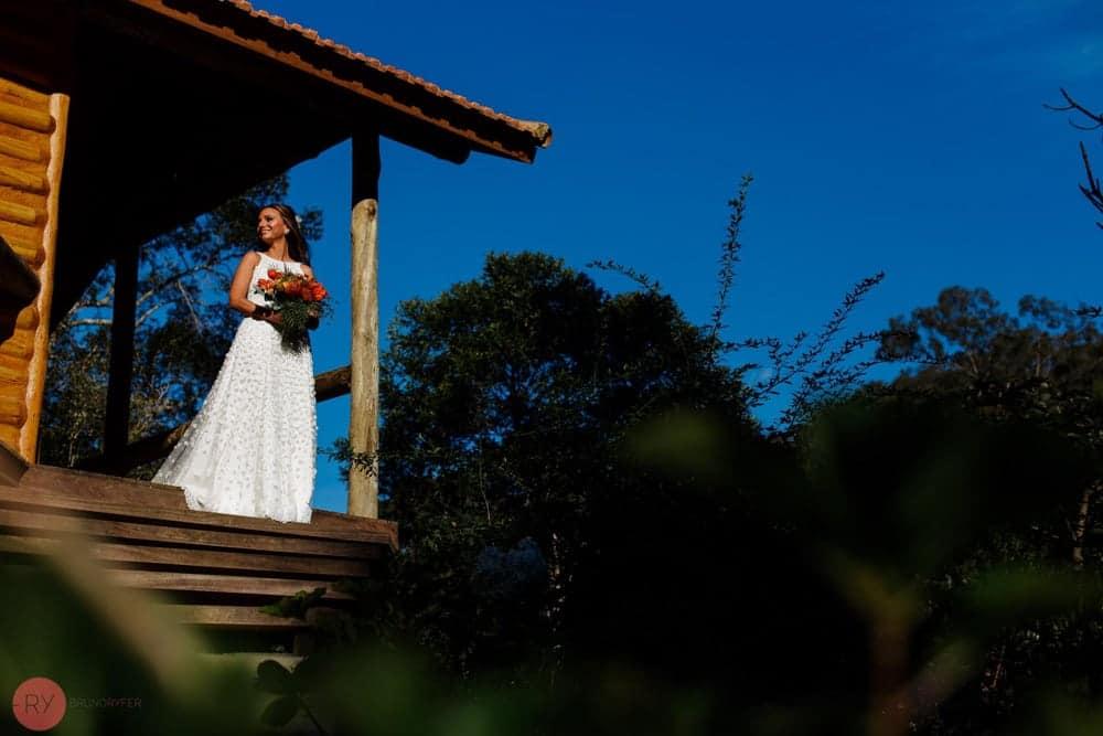 casamento-ao-ar-livre-casamento-boho-casamento-na-serra-destination-wedding-fotografia-Rodrigo-Ryfer-noiva-Rio-de-Janeiro-Tancamana-Vale-do-Cuiabá-casamento-15
