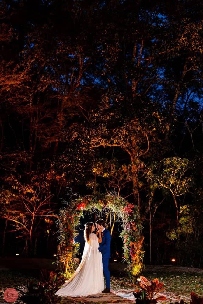 casamento-ao-ar-livre-casamento-boho-casamento-na-serra-destination-wedding-fotografia-Rodrigo-Ryfer-noivos-Rio-de-Janeiro-Tancamana-Vale-do-Cuiabá-casamento-28