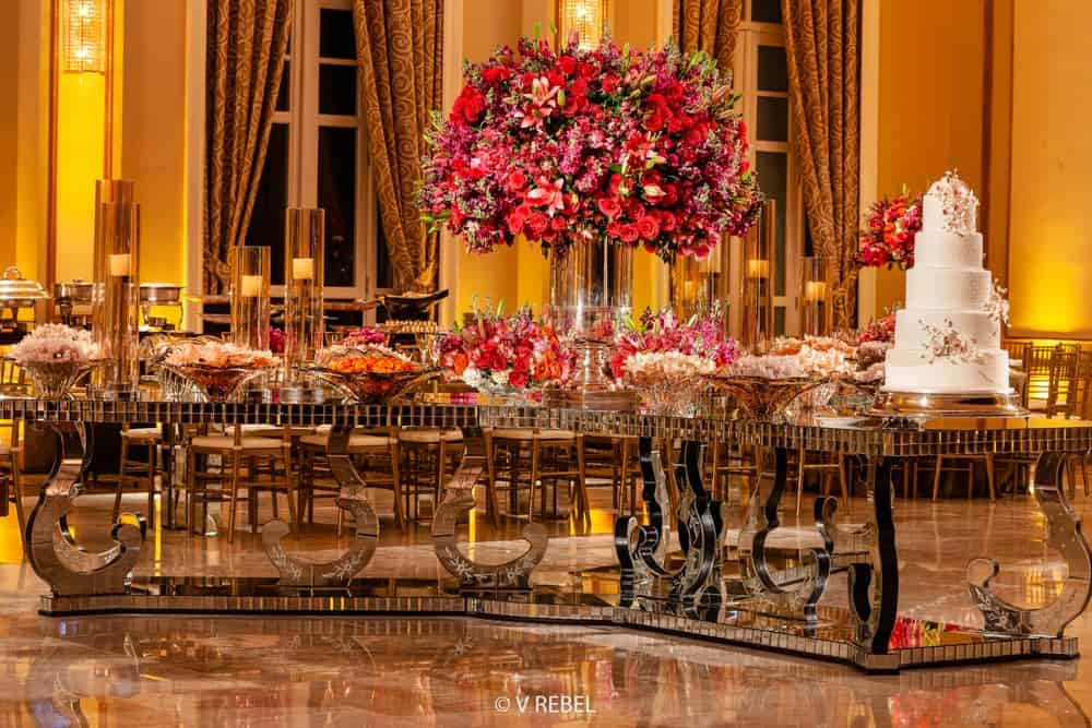 casamento-clássico-Copacabana-Palace-decor-festa-fotografia-V-Rebel-Cinema-One-mesa-de-doces-Outeiro-da-Glória-Rio-de-Janeiro-casamento-53
