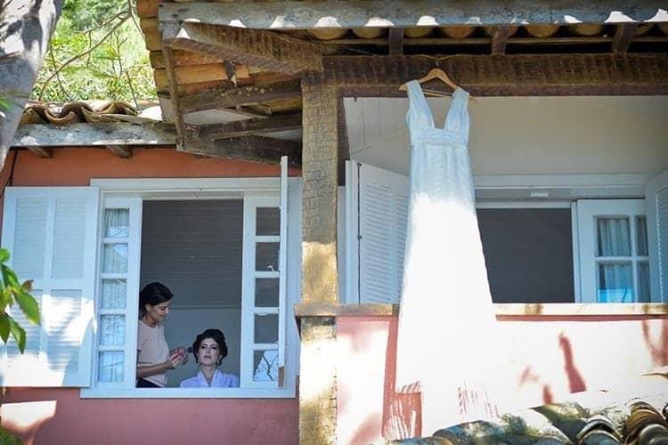 casamento-na-praia-cerimonia-de-dia-buzios-vestido-noiva-martu