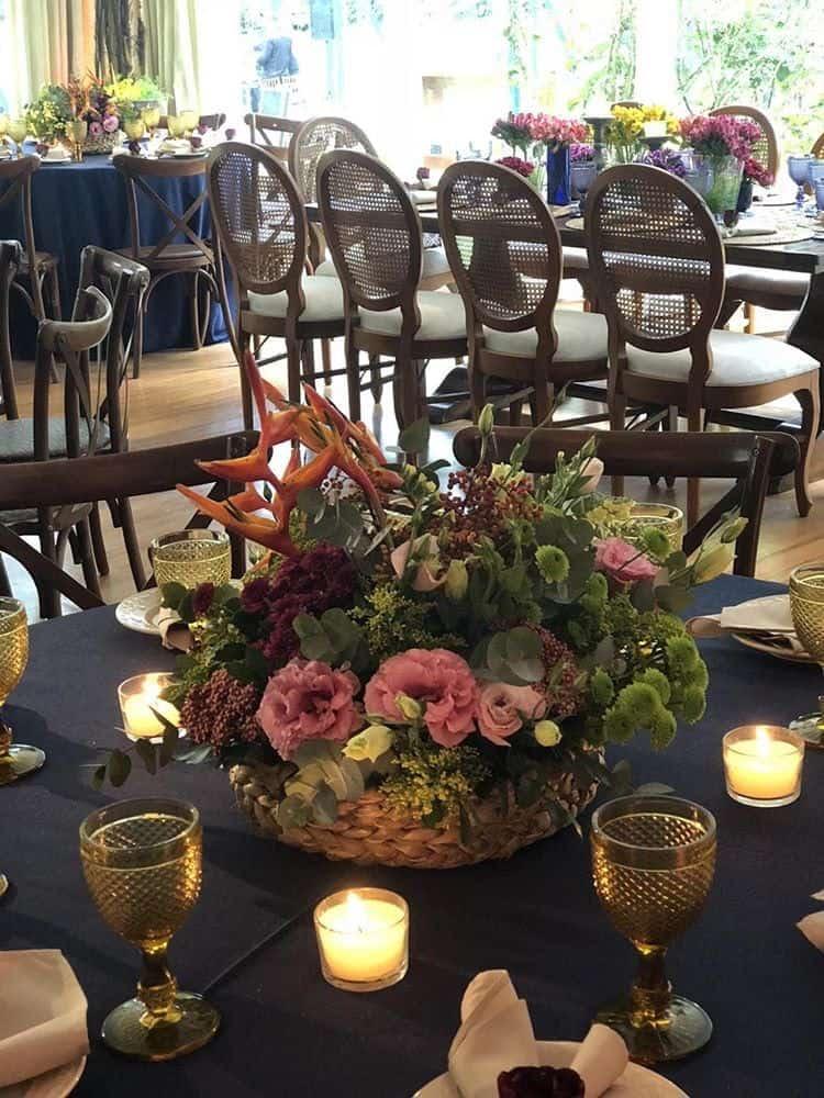 Jardins-do-alto-Casamento-de-dia-mesa-de-convidados3