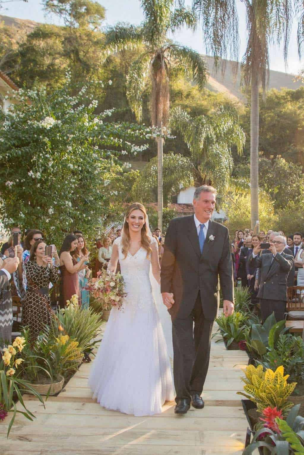 casamento-Camila-e-Diogo-casamento-na-fazenda-casamento-na-serra-casamento-romântico-cerimônia-destination-wedding-Fazenda-Santo-Antonio-Fotografia-Rodrigo-Sack-53-e1536935693868