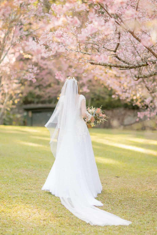 casamento-Camila-e-Diogo-casamento-na-fazenda-casamento-na-serra-casamento-romântico-destination-wedding-Fazenda-Santo-Antonio-Fotografia-Rodrigo-Sack-look-da-noiva-noiva-42-e1536934611713