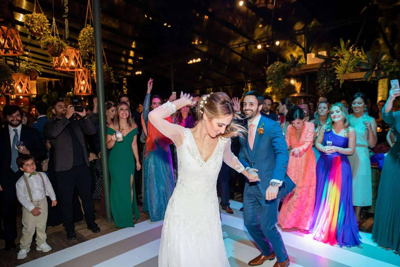 casamento-Camila-e-Diogo-casamento-na-fazenda-casamento-na-serra-casamento-romântico-destination-wedding-Fazenda-Santo-Antonio-festa-Fotografia-Rodrigo-Sack-80