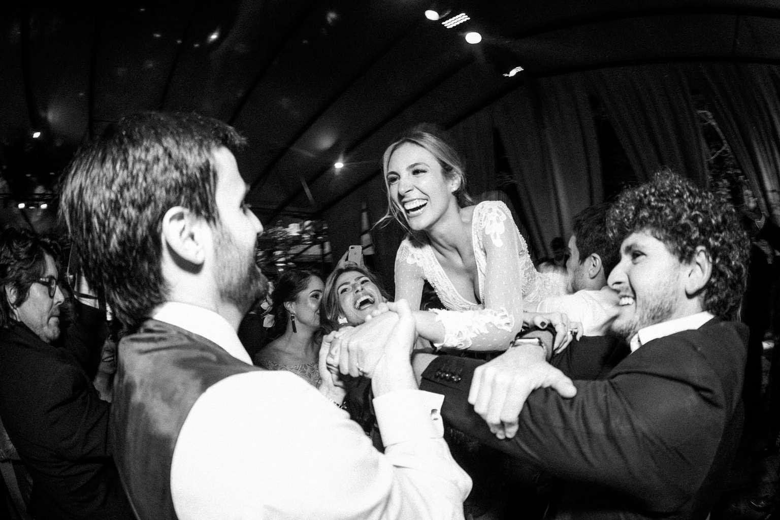 casamento-Camila-e-Diogo-casamento-na-fazenda-casamento-na-serra-casamento-romântico-destination-wedding-Fazenda-Santo-Antonio-festa-Fotografia-Rodrigo-Sack-93