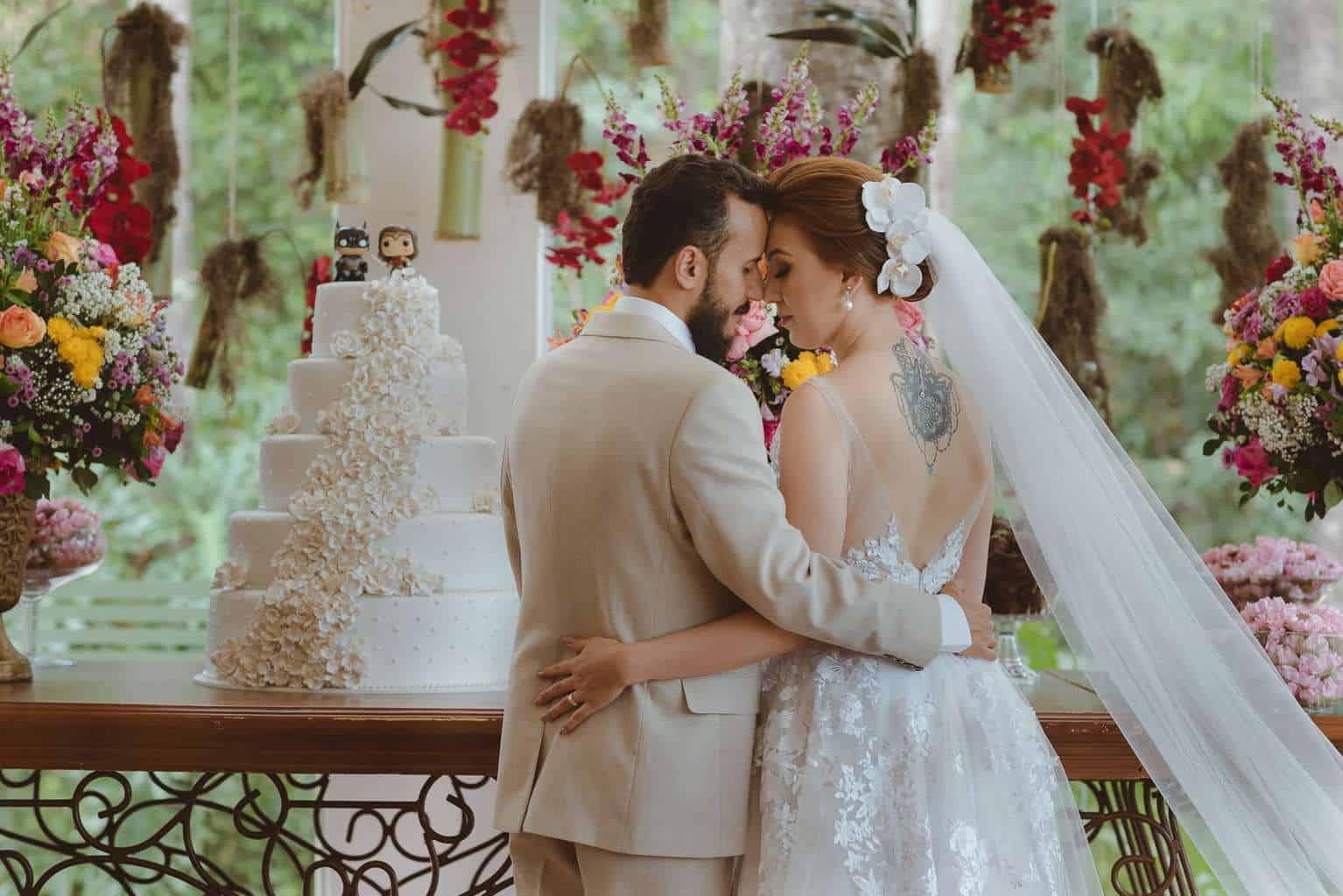 casamento-ao-ar-livre-casamento-boho-casamento-geek-casamento-rustico-casamento-Thais-e-Pedro-Revoar-Fotografia-Villa-Borghese-Eventos-51