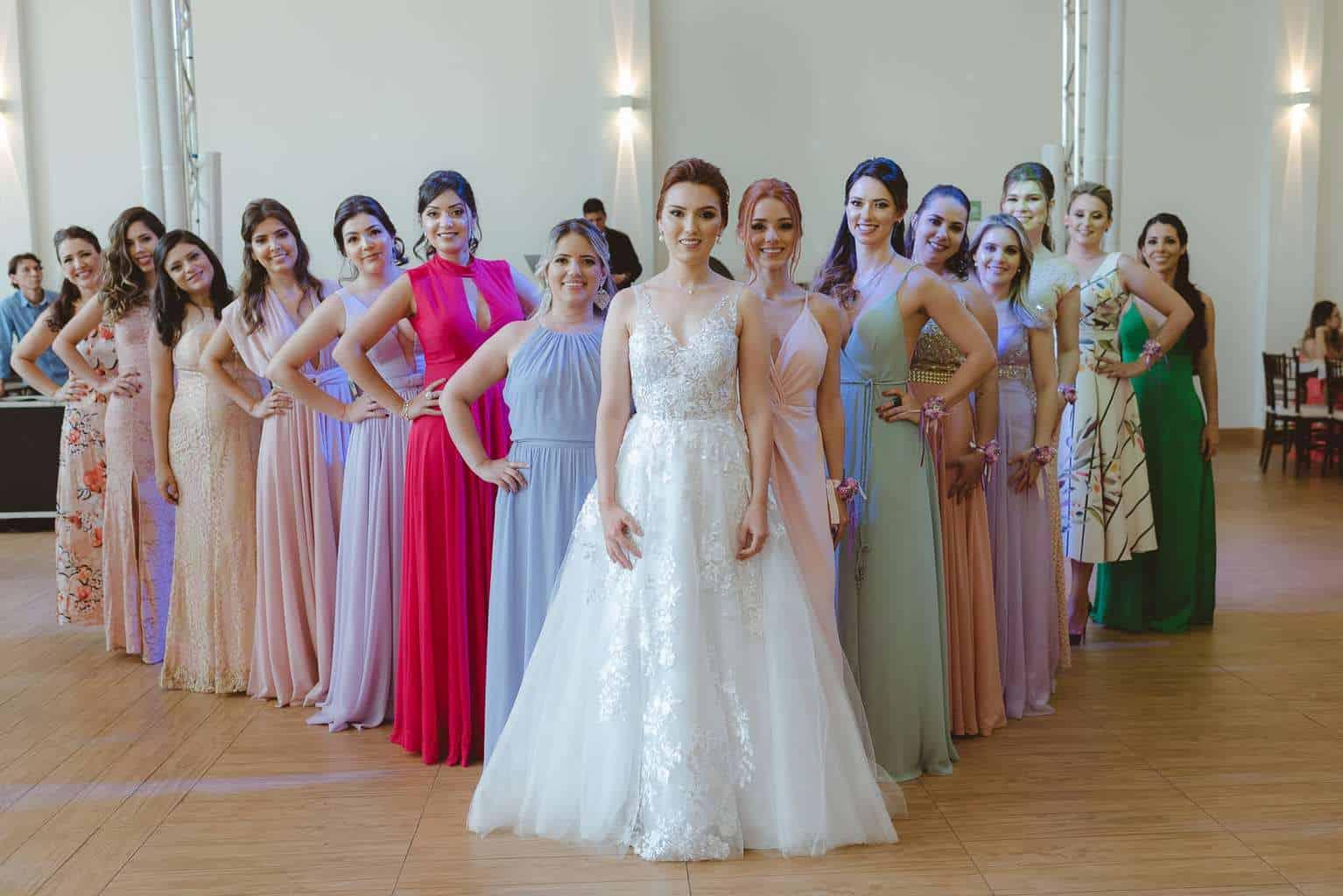 casamento-ao-ar-livre-casamento-boho-casamento-geek-casamento-rustico-casamento-Thais-e-Pedro-Revoar-Fotografia-Villa-Borghese-Eventos-61