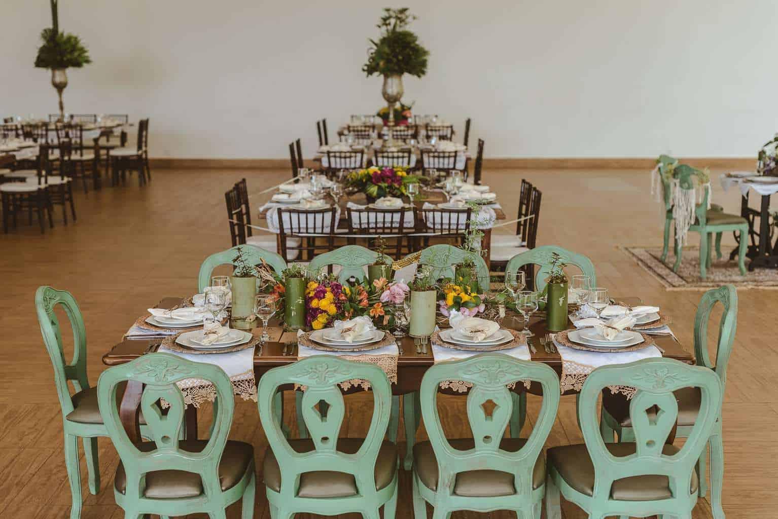 casamento-ao-ar-livre-casamento-boho-casamento-geek-casamento-rustico-casamento-Thais-e-Pedro-decoração-Revoar-Fotografia-Villa-Borghese-Eventos-13
