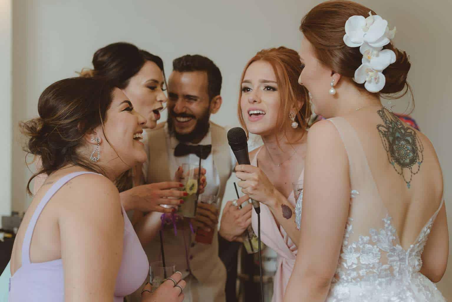 casamento-ao-ar-livre-casamento-boho-casamento-geek-casamento-rustico-casamento-Thais-e-Pedro-festa-Revoar-Fotografia-Villa-Borghese-Eventos-78