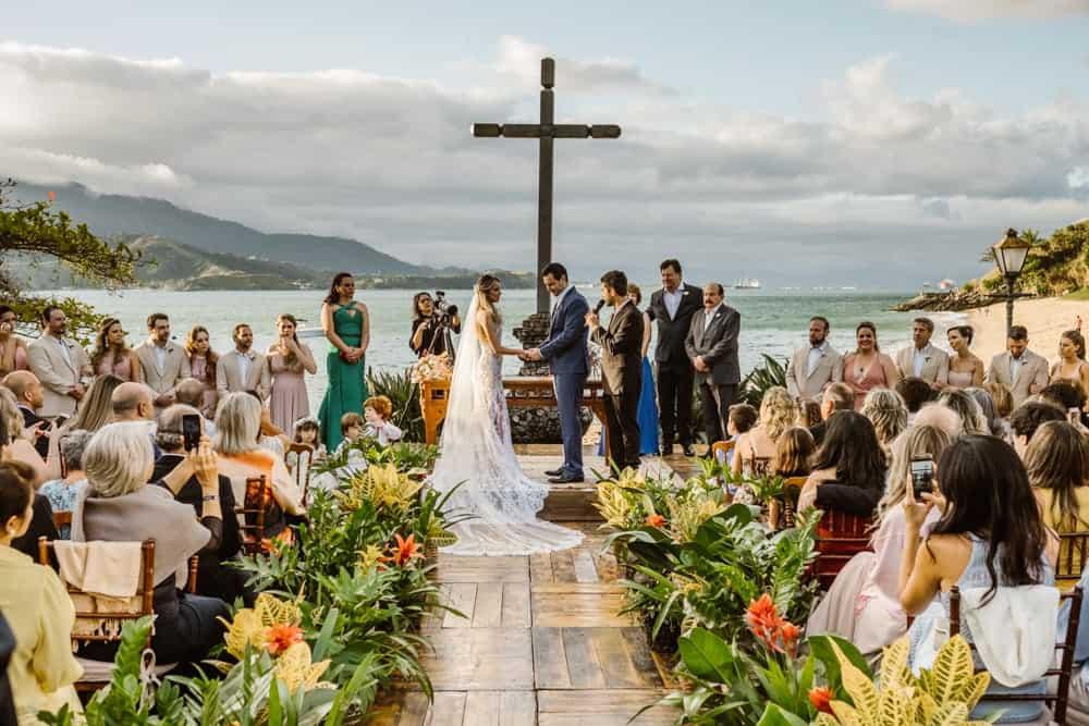 casamento-boho-chic-casamento-de-dia-casamento-na-praia-destination-wedding.-Ilhabela-Fazenda-São-Mathias-fotografia-João-Cappa-POST-Thaiza-e-Márcio-casamento-29