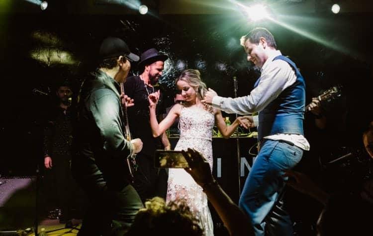 casamento-boho-chic-casamento-de-dia-casamento-na-praia-destination-wedding.-Ilhabela-Fazenda-São-Mathias-fotografia-João-Cappa-Thaiza-e-Márcio-casamento-115-750x475