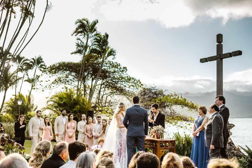casamento-boho-chic-casamento-de-dia-casamento-na-praia-destination-wedding.-Ilhabela-Fazenda-São-Mathias-fotografia-João-Cappa-Thaiza-e-Márcio-casamento-35